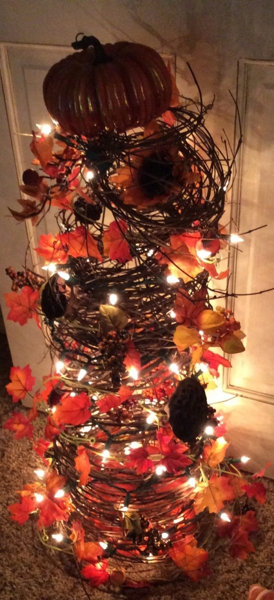 tomato cage christmas tree instructions